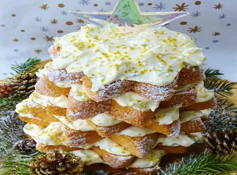 Photo of Pandoro farcito a stella con crema di mascarpone e cioccolato bianco