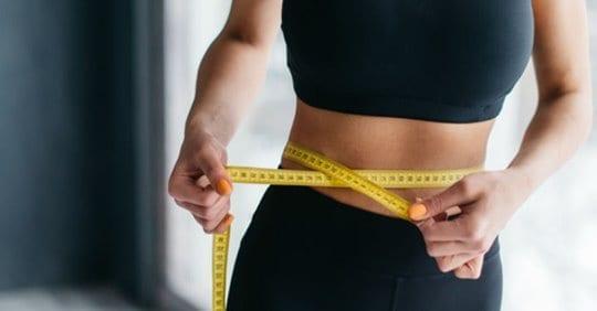 Photo of Prezzemolo per ridurre i centimetri della vita, prendilo così e raggiungi il tuo obiettivo