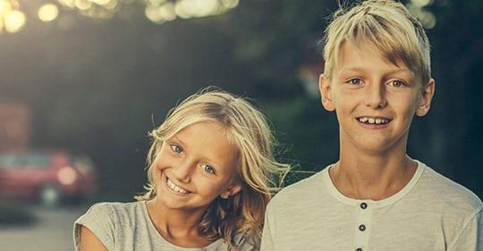 Photo of Avere una sorella è benefico per la tua salute mentale, dimostrano gli studi