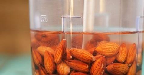 Photo of Mandorle: I grandi benefici se imbevute nell'acqua aiutano contro il diabete