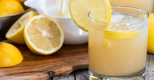 Photo of Dieta del succo di limone: 24 ore per depurarsi e sgonfiarsi