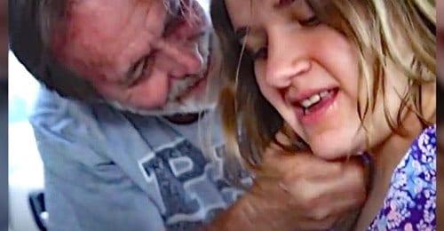 Un uomo adotta una bambina  che è stata rinchiusa per 6 anni in una stanza dalla madre, le salva la vita