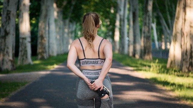 giovane accoltellata mentre fa jogging